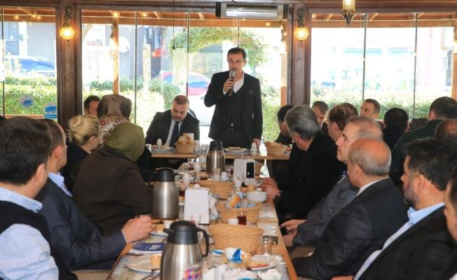 Esnaf ve Kanaat Önderleriyle Kahvaltı