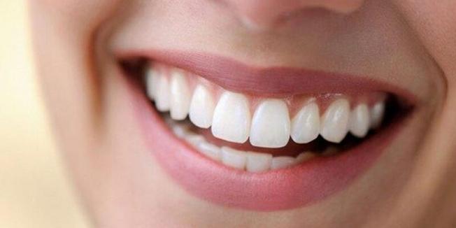 Evde diş beyazlatma yöntemleri neler?