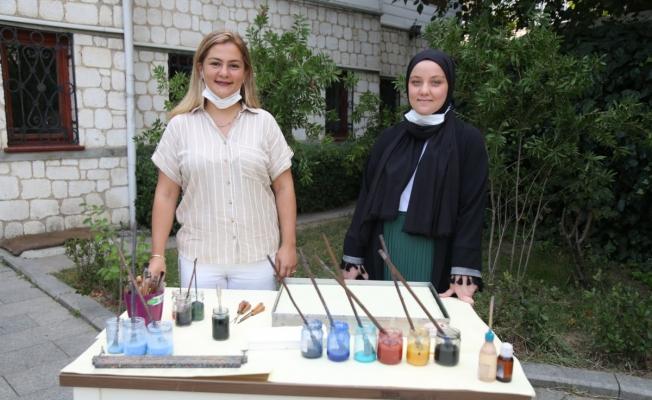 Eyüpsultan Belediyesi Kursiyerlerine Bakanlıktan iki ödül