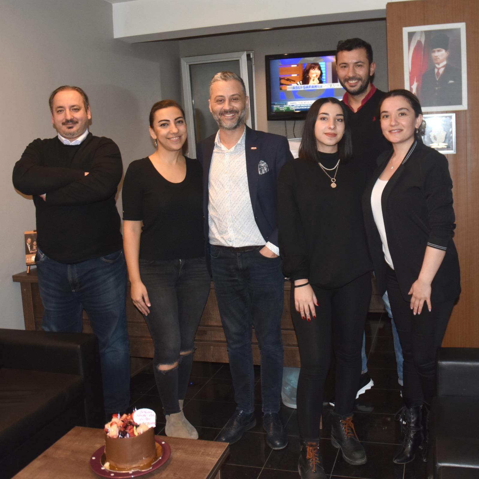 Ümit Öner'den Eşi Çiğdem Öner'e Doğum Günü Sürprizi