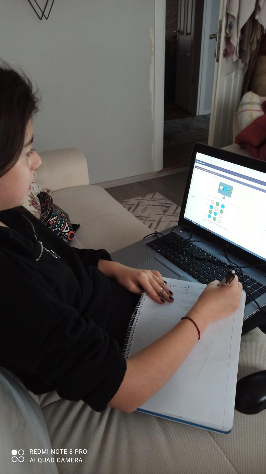 Eyüpsultan'da, Online Sınavlar Devam Ediyor