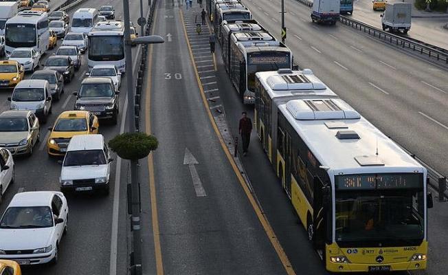 Toplu taşıma yasağı detayları! 20 yaş altı ve 65 yaş üstü vatandaşlar toplu taşıma binebilir mi?