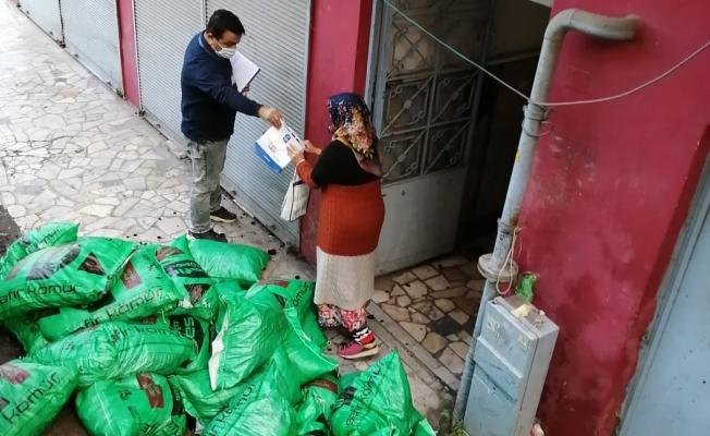 Eyüpsultan'da Bin 200 Aileye Kömür Desteği