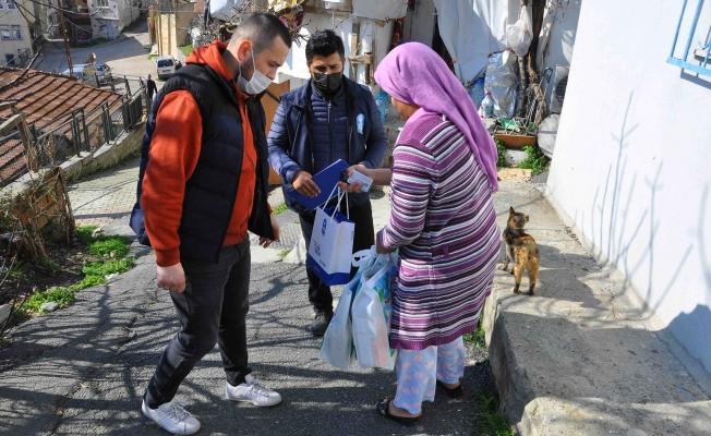 Eyüpsultan Belediyesi Çölyak Hastalarına Glutensiz erzak kolisi dağıttı.