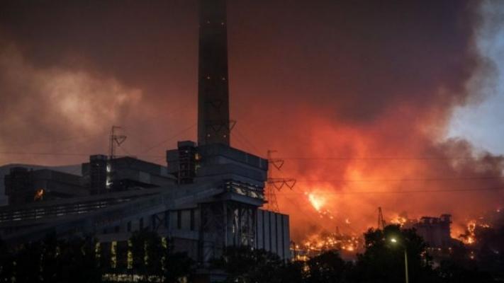 Milas'ta büyük mücadele! Çok kuvvetli rüzgar var: Alevler termik santrale ulaştı