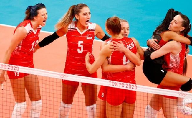 Türkiye 2 - 3 Güney Kore (Filenin Sultanları Tokyo 2020'ye veda etti...)