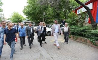 Başkan Köken, Rami Cuma ve Rami Yeni mahallelerini inceledi