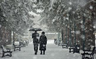 Meteoroloji bölgeleri sıraladı ve uyardı! Sağanak ve kar geliyor