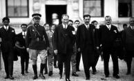 Tarihte Bugün - Mustafa Kemal Paşa'nın Başkomutan Oluşu