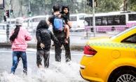 Dikkat uyarı geldi! 'Bu sene süper hücre yağışlarını görmeye devam edeceğiz'