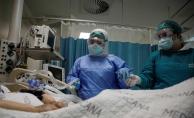 DSÖ: Covid-19 vaka ve hastaneye yatış oranları 25-59 yaş arasında endişe verici şekilde artıyor